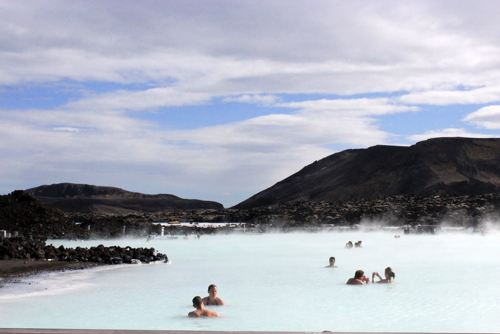 Iceland-roadtrip-bluelagoon