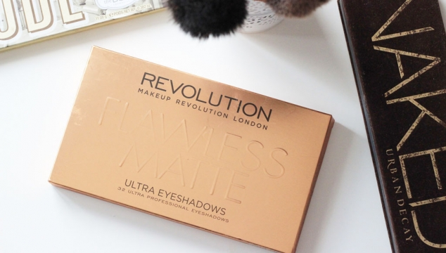 Palette Flawless Matte par Makeup Revolution : Look & Revue