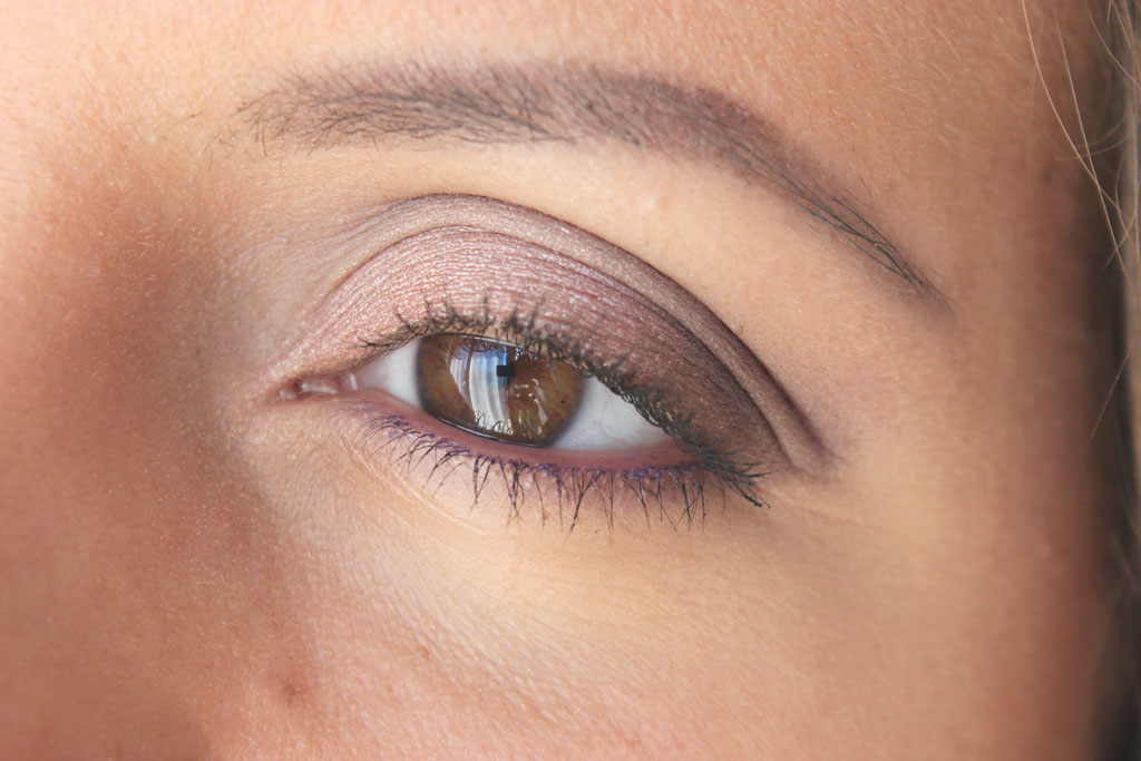 purple-rose-gold-makeup
