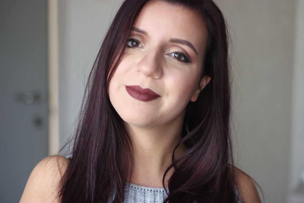 fall-makeup-burgundy-lips