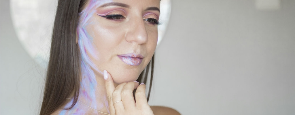 Ariana Grande God is a Woman – Inspired makeup